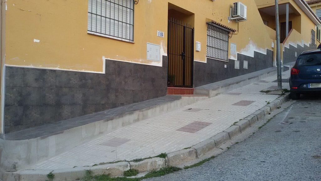 Reparación pared deteriorada