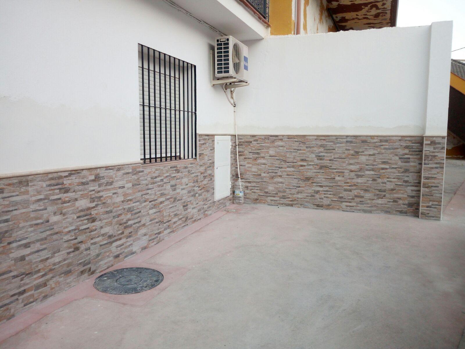 Z calo contra humedad en pared reformas tovar - Zocalo pared ...