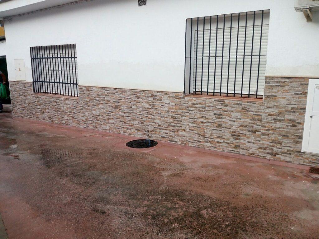 Zócalo humedades Málaga